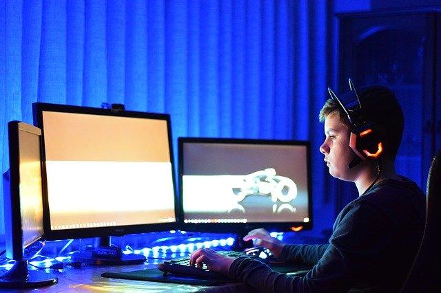 gracz-komputer